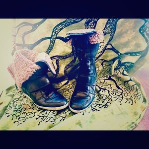 Ash sneaker boots